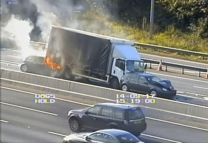 Lorries crash on M25 near Dartford tunnels